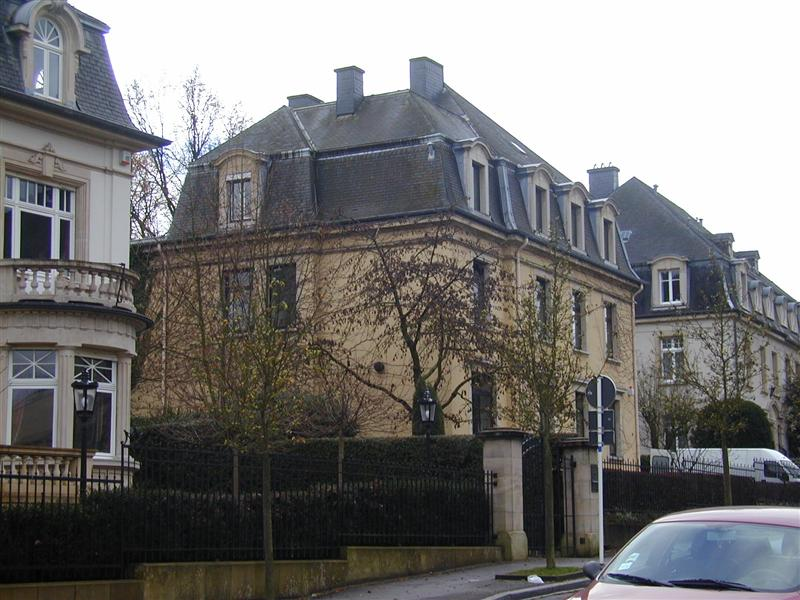 You are browsing images from the article: Banque Rothschild